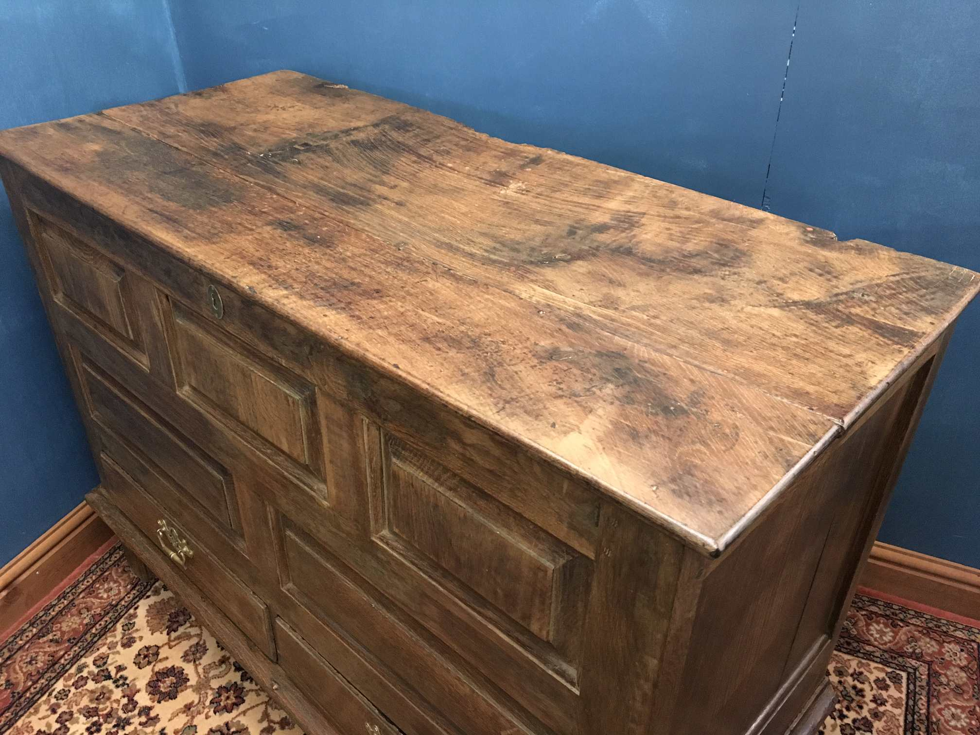 Large 18th Century Welsh Oak Mule Chest